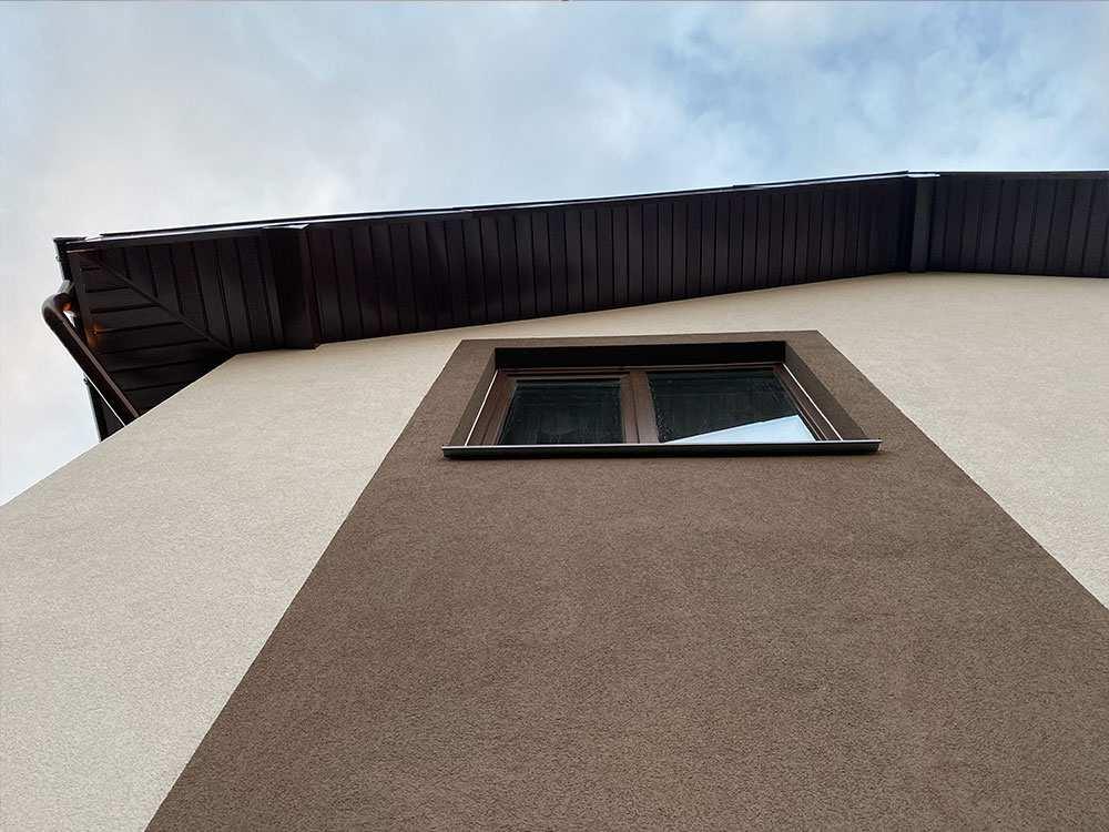 монтаж отлива на мокром фасаде